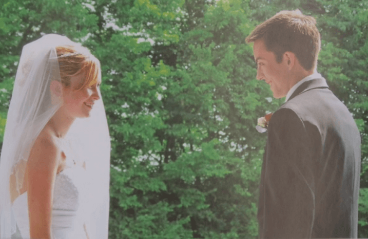 Katie and Dalton on their wedding day in 2011
